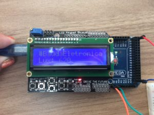 Shield LCD sobre Arduino
